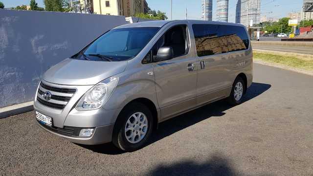 Купить микроавтобус Хундай Н-1 в Москве